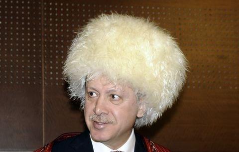 """האדמו""""ר מאיסטנבול"""