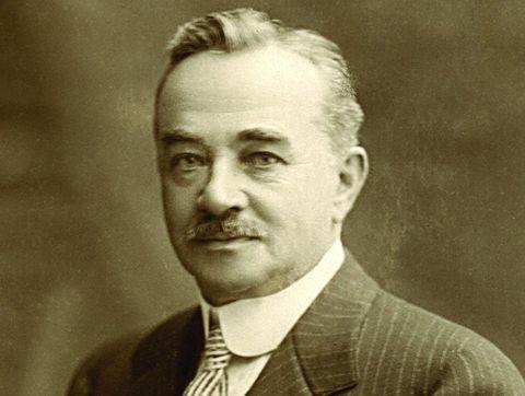המייסד, מילטון ס. הרשי